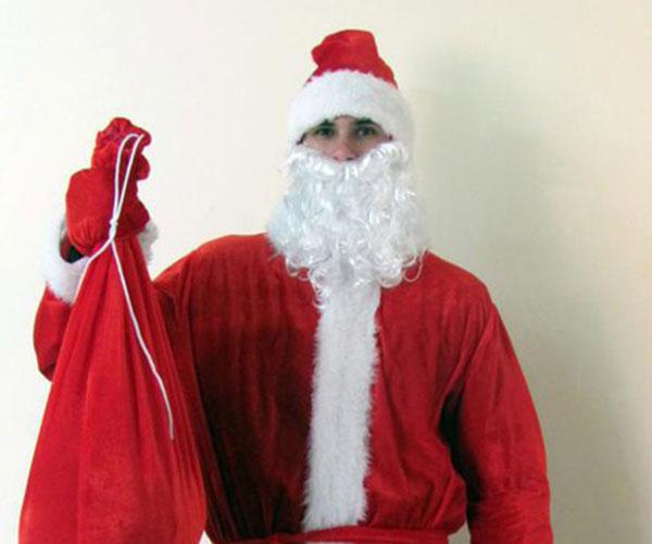 Простой костюм Деда Мороза.